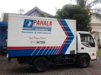 Pengiriman barang melalui jasa dari Pahala Kencana